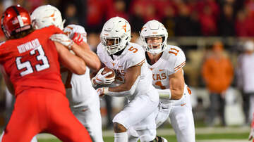 Sports Desk - Texas tops Texas Tech 41-34