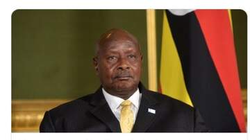 Promise - The Bizness Hourz - Sit Yourself Down Sunday Pres of Uganda wants to BAN Oral sex