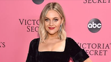 Beth Bradley - Kelsea Ballerini went after a person who tried to body shame her on line