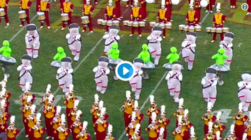 Mansour's Musings - WATCH: Iowa State marching band tributes 'Space Jam' over the weekend