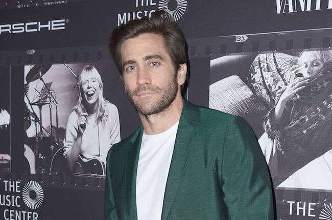why jake gyllenhaal doesnt celebrate christmas