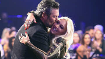 Entertainment News - Blake Shelton Declares His Love For Gwen Stefani At People's Choice Awards