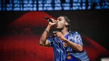Entertainment - Leon Bridges Performs Bad Bad News, Beyond & More Live (VIDEOS)