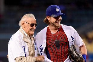Spider-Man, X-Men Co-Creator Stan Lee Dies at 95 Years Old