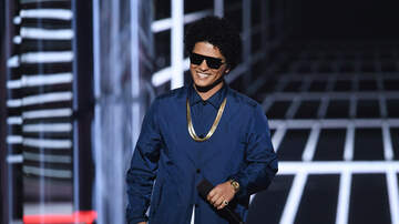 Nina Chantele - Bruno Mars Gives Hospitalized Fan An Autographed Poster