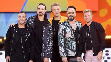 Entertainment News - NYPD Officer Belts Backstreet Boys' 'I Want It That Way' Over Car Speaker