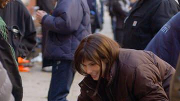 Derek Moore - Sandra Bullock Donates $100,000 To Ventura Humane Society