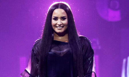 Music News - Demi Lovato Gets New Phone Number After Leaving Rehab
