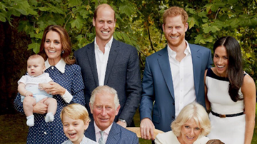 Trending - The Entire Royal Family Shines In Brand New Portraits