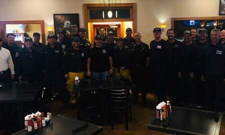 National News - Restaurant Owner Serves Over 1,000 Hot Meals to California First Responders
