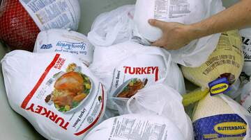 Battle - Strip Club To Give Away 3,000 Turkeys For Thanksgiving