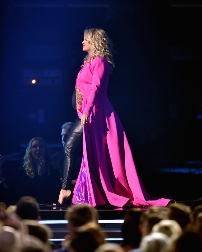 Carrie Underwood CMAs 2018