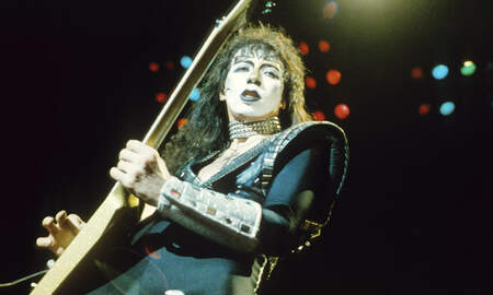 Rock News - Vinnie Vincent Postpones December Comeback Shows