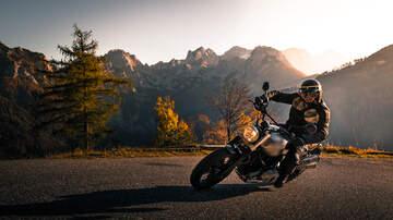 Mojo in the Morning - Phone Scam: Harley Davidson