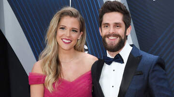 - Lauren Akins Makes Thomas Rhett Giddy