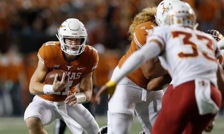 Sports Desk - Texas tops Iowa State