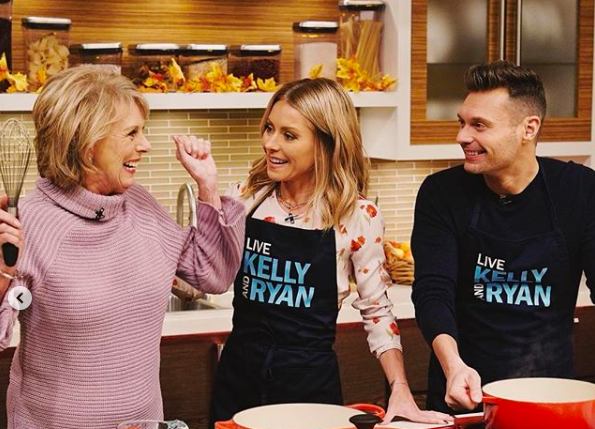 Ryan Seacrest's Family Thanksgiving Pie and Green Bean Recipes!