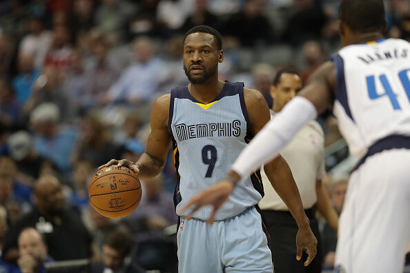 Memphis Grizzlies v Dallas Mavericks DALLAS, TX - MARCH 03: Tony Allen #9 of the Memphis Grizzlies at American Airlines Center on March 3, 2017 in Dallas, Texas. NOTE TO USER: User expressly acknowledges and agrees that, by downloading and/or using this photograph, user is consenting to the terms and conditions of the Getty Images License Agreement. (Photo by Ronald Martinez/Getty Images) Editorial subscription SML 3000 x 2000 px | 10.00 x 6.67 in @ 300 dpi | 6.0 MP  Size Guide Add notes  SUBSCRIPTION DOWNLOAD Details Restrictions:	USER IS NOT PERMITTED TO DOWNLOAD OR USE IMAGE WITHOUT PRIOR APPROVAL. Credit:	Ronald Martinez / Staff Editorial #:	649357894 Collection:	Getty Images Sport Date created:	March 03, 2017 License type:	Rights-managed Release info:	Not released. More information Source:	Getty Images North America Object name:	662356077RM060_Memphi Max file size:	3000 x 2000 px (10.00 x 6.67 in) - 300 dpi - 1.8 MB More from this eventView all