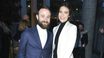 Entertainment News - Mandy Moore Marries Taylor Goldsmith In Backyard Wedding