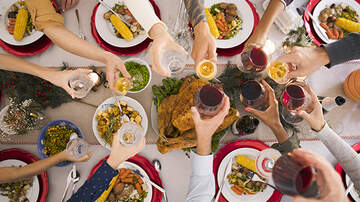 Elvis Duran - 10 Uncomfortable Questions To Ask At The Thanksgiving Dinner Table (Listen)