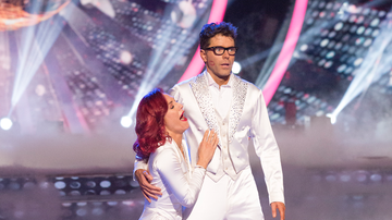 Scotty Page - Scotty's Scoop: Check Out All the Reaction To Bobby Winning DWTS