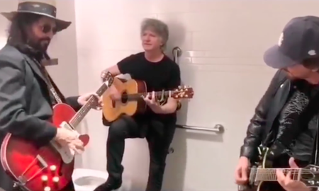 Rock News - Mike Campbell & Neil Finn Jam With Eddie Vedder in a Bathroom Stall: Watch