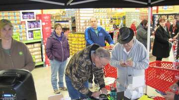 Photos - Photos: Grocery Outlet Bargain Market in Easton!