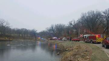 WHO Radio News - 911 caller reports kayak in broken ice in Des Moines pond