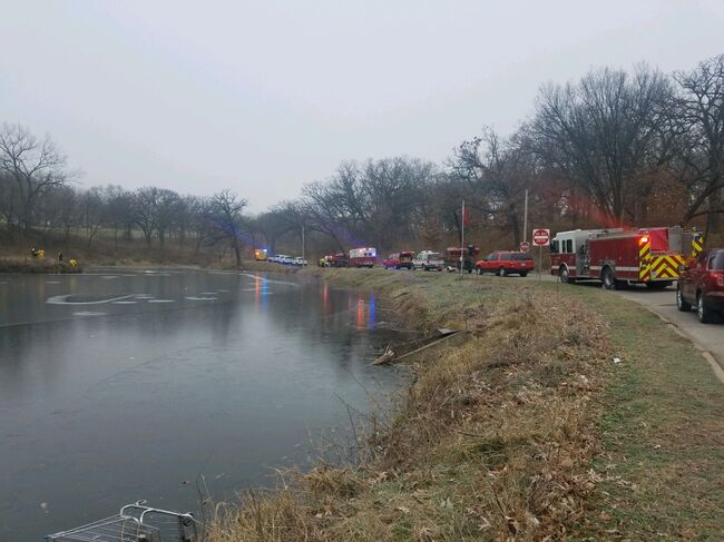 Emergency responders at MacCrae Pond in Des Moines. Photo by WHO TV
