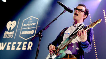 Trending - Weezer Is Headlining the 2019 NHL Winter Classic