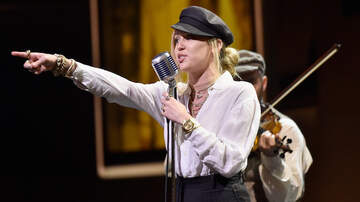 Entertainment News - Miley Cyrus To Premiere New Song 'Nothing Breaks Like A Heart' In December
