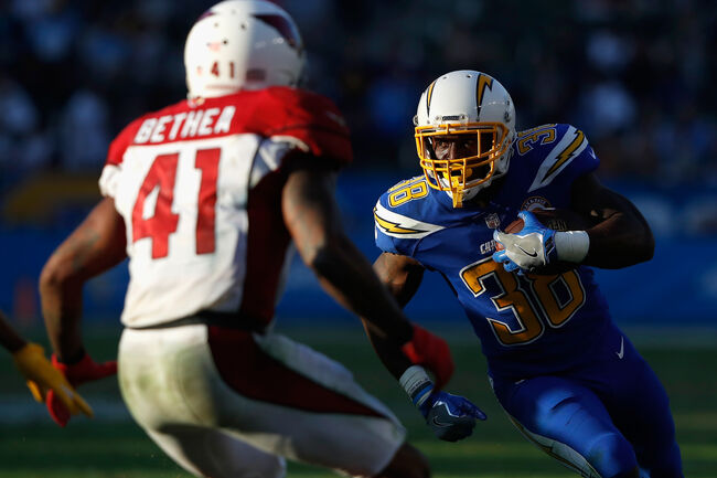 chargers rout cardinals