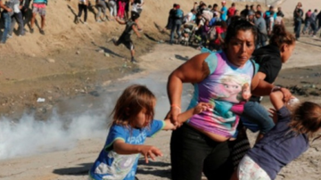 Qui West - Children 'Screaming And Coughing In The Mayhem' As Border Patrol Fires Tear