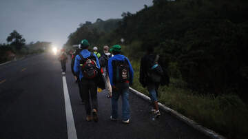 Chuck and Kelly - Migrants at US-Mexico Border Considering Turning Back