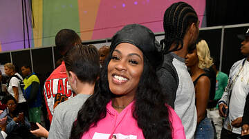 The Tea with Mutha Knows -   Lil Mo Throws Shade At Queen Naija's Soul Train Awards Performance