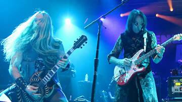 Maria Milito - See Steve Vai's 4-Guitar Bohemian Rhapsody With Zakk Wylde, Yngwie, Nuno