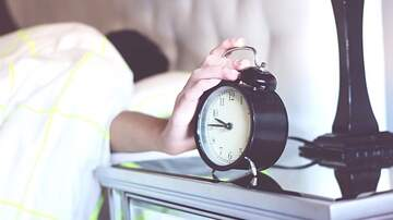 Steve Wazz - You Could Be Losing Six Days a Year by Hitting Snooze on Your Alarm