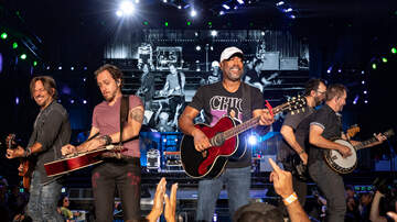 CMT Cody Alan - Darius Rucker Says Hootie & The Blowfish Is Back!