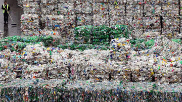Simon Conway - 20 tons of recycled paper A DAY ended up in landfill. Still sorting trash?