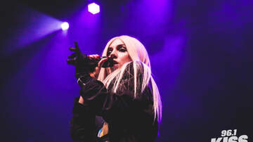 Photos - PHOTOS: WDW Have a Christmas Party - Ava Max