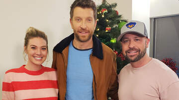 CMT Cody Alan - Brett Eldredge Arrives To Help With CMT's Christmas Tree Lighting