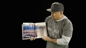 iHeartCountry - Garth Brooks Recalls Central Park, Texas Stadium Shows & Opry Induction
