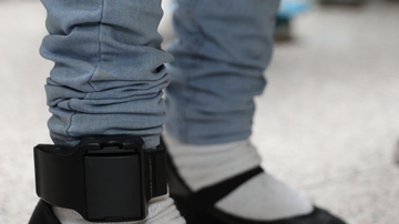 Brady - Parents Can Monitor Teens With GPS Ankle Bracelet