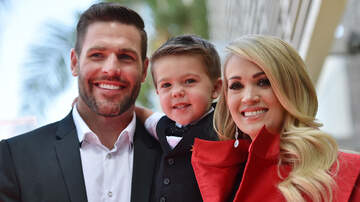 CMT Cody Alan - A Carrie Christmas: Carrie Underwood Shares Her Fave Christmas Tradition
