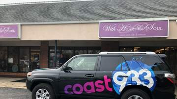 Photos - Coast 93.3 @ With Heart & Soul on Small Business Saturday 11.24.18