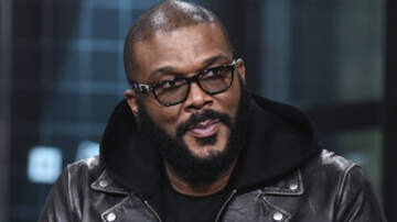 Entertainment News - Merry Christmas! Tyler Perry Pays Off $434K In Layaway Items At 2 Walmarts