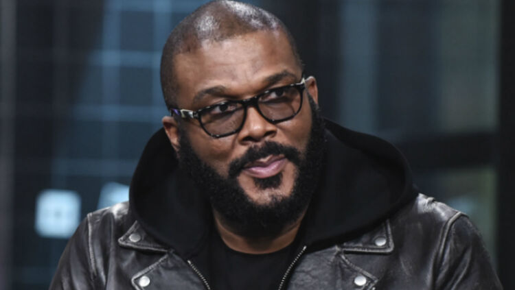 tyler-perry-gives-back