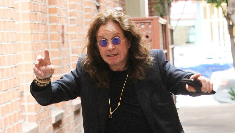 "Ozzy Osbourne Says December Ozzfest Will Bring in 2019 ""With a Big Bang"""