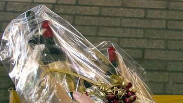 Chris Marino - Odd News 12/7/18: The Top Ten Secret Santa Gifts People Actually Want