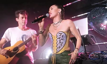 Trending - Miley Cyrus & Mark Ronson Strip Down Nothing Breaks Like a Heart: Watch